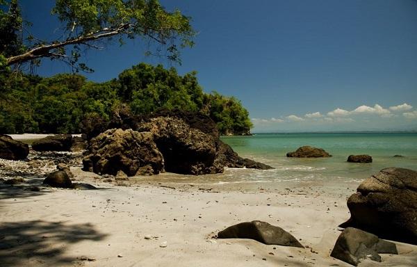 Playa Biesanz hotel Parador manuel Antonio Costa Rica