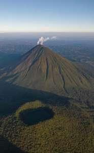 le parc national du volcan Arenal volcan Arenal et Cerro Chato