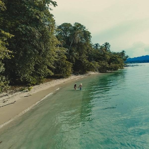 Les plus belles plages du Costa Rica, playa Cahuita, cote Caraibe