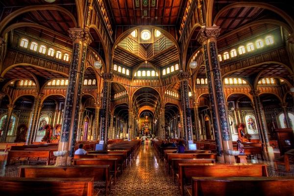 La basilique de Cartago, Nuestra senora de los angeles