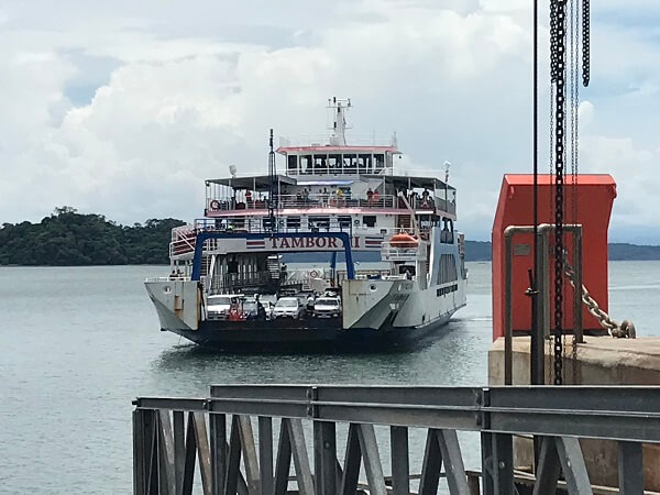 Le ferry de Paquera a Puntarenas, Costa Rica