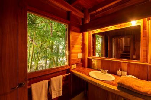 Hôtels de Santa Teresa, Calamocha lodge salle de bain