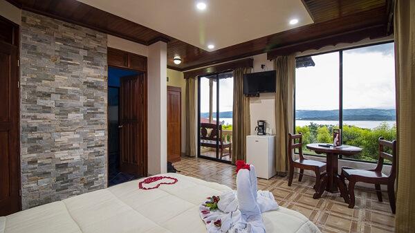 Hôtels du volcan Arenal, chambre à l'hôtel Linda Vista.